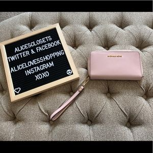 Michael Kors Light Pink Phone Wristlet